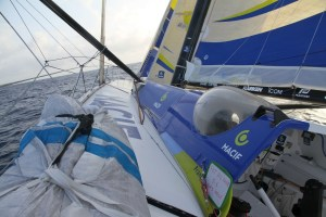 Vendée Globe: nuit compliquée sur Macif