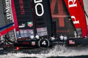 ACWS : a successful day of racing for ORACLE TEAM USA
