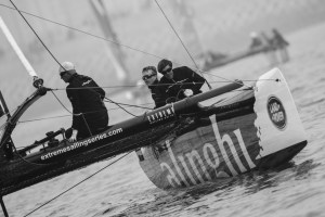 Extreme Sailing Series : Alinghi dominate on open water racecourse