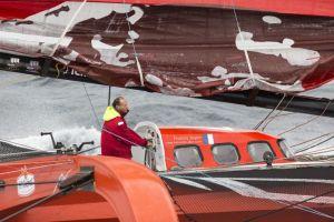 Route du Rhum – Francis Joyon : «jamais le bateau n'a tapé comme ça!»