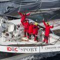 Le Maxi Trimaran IDEC SPORT s'adjuge le Trophée Jules Verne