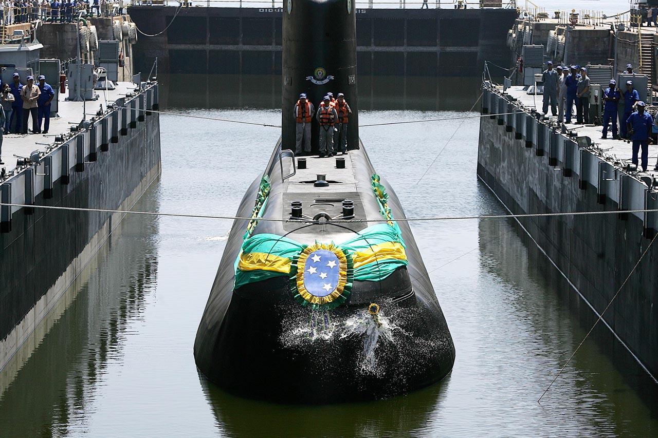 Submarino brasileiro Tikuna (http://www.naval.com.br)