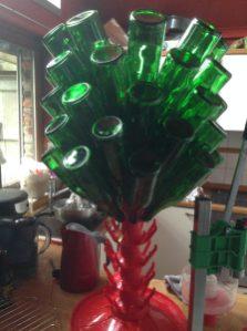 Nettoyage et égouttage des bouteilles de champagne