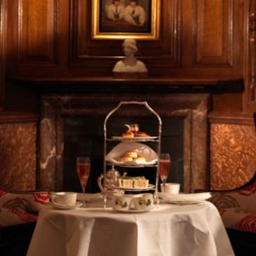 ロンドン 人気なアフタヌーンティーでちょっと特別な体験?Brown Hotel