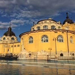 ブダペスト温泉体験セーチェーニ温泉