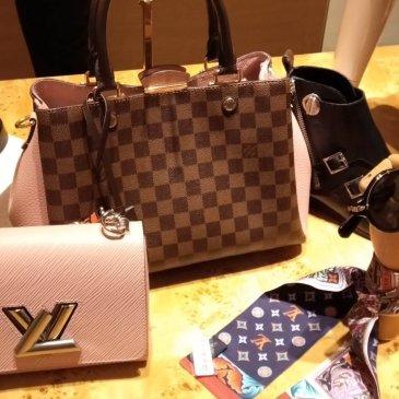 ルイヴィトンニューヨーク 5th アベニュー店、日本とどちらが安い?