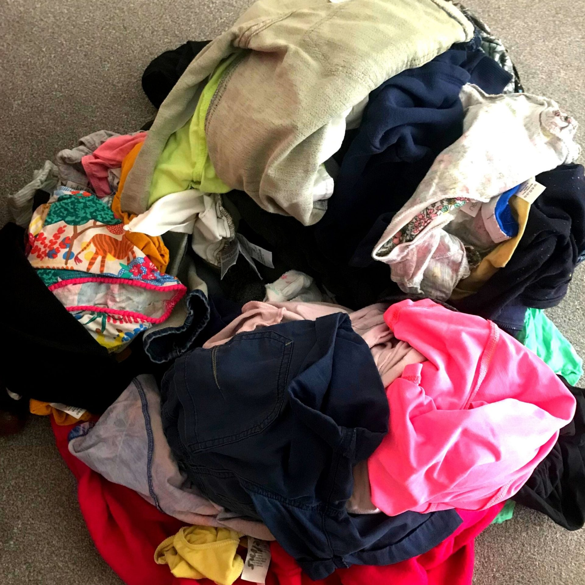 Washing pile to be cleaned by Laundrapp