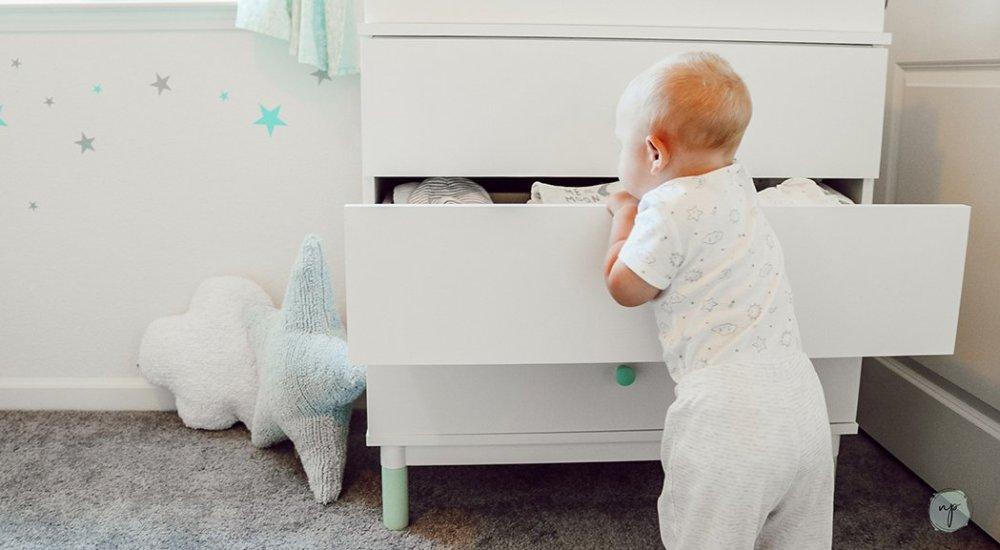 opening dresser