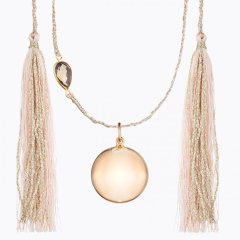 ILADO maternity necklace in gold with tassles