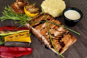 Grilled salmon vegetables