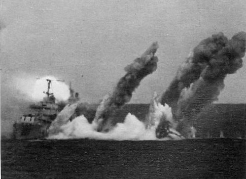 USS Samuel B. Roberts is sunk as a training target off Puerto Rico on Nov. 14, 1971.