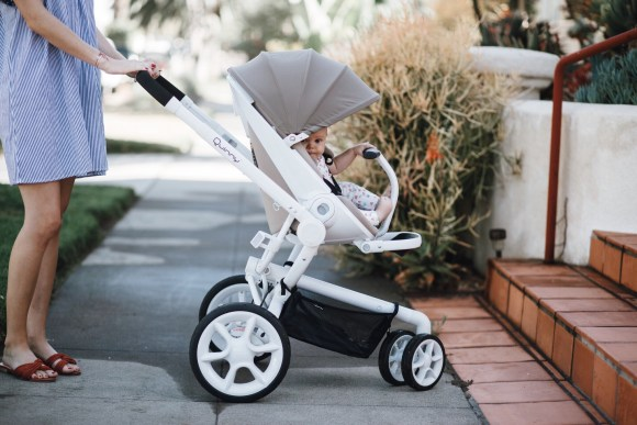Stroller review featured by top US mom blog, Navy Grace: Quinny review