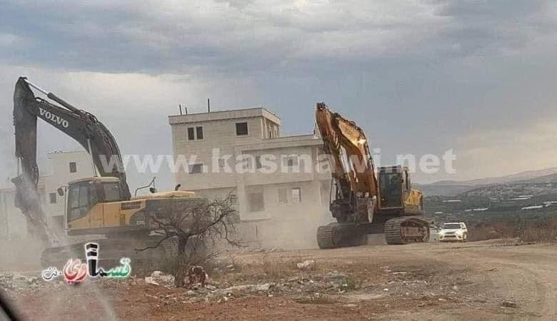 قوات الاحتلال تشن حملة هدم في كفر قاسم بالداخل المحتل
