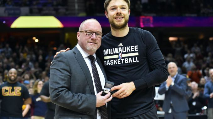 57509dcdcee Philadelphia 76ers interviewed David Griffin