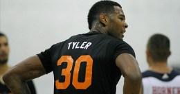 Jeremy Tyler firma con los New York Knicks