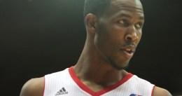 Chris Johnson firmará 10 días por los Milwaukee Bucks