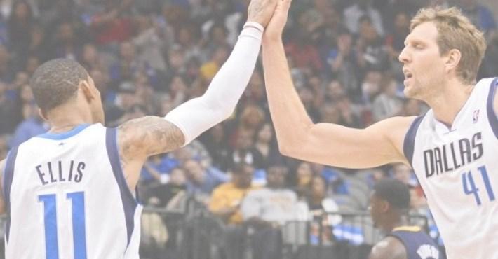 Monta Ellis, con 37 puntos, lidera el regreso de los Mavericks a Playoffs