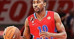 Los Pistons habrían fichado a J.R. Holden como scout