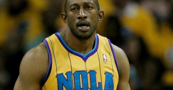 Los New York Knicks anuncian el fichaje de D.J. Mbenga para la pretemporada