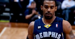 "Chris Wallace no duda: ""Vamos a renovar a Mike Conley"""
