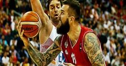 Bjelica mata a España en su estreno del Eurobasket ante Serbia