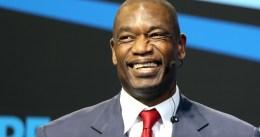 Mutombo, interesado en comprar los Rockets