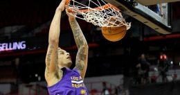Los Lakers refuerzan su juego interior con Auguste y Wear