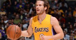 Marcelinho Huertas firma un nuevo contrato con los Lakers