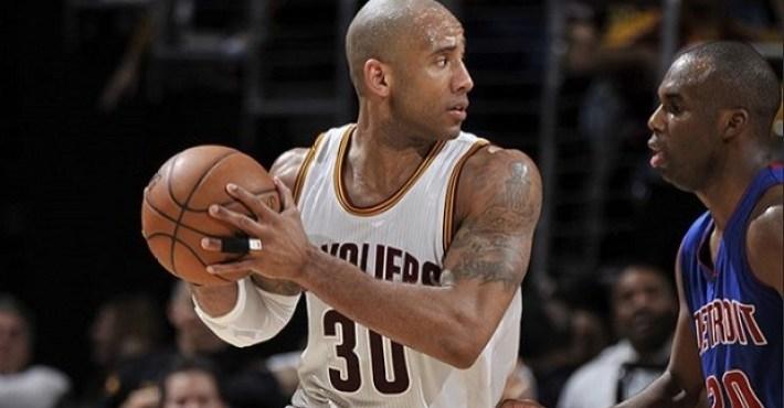 Dahntay Jones sitúa a Curry fuera del top-10 NBA