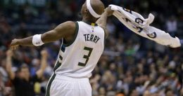 Jason Terry, mecha hasta los 42