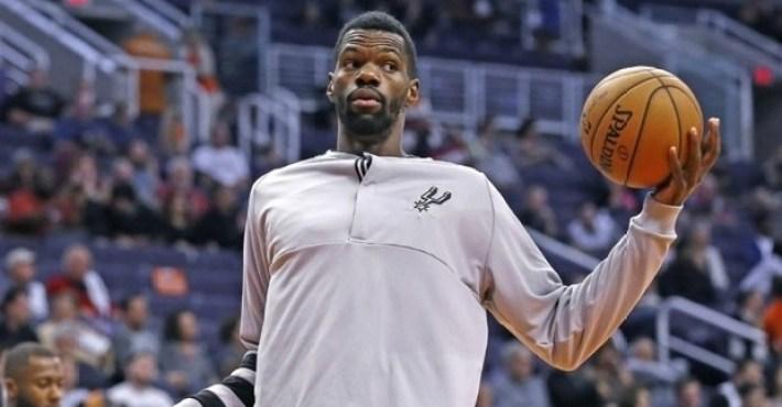 Dewayne Dedmon cambia los Spurs por los Hawks