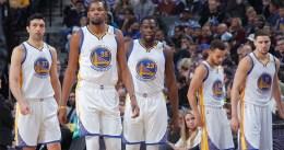 Quinta victoria consecutiva de los Warriors por más de 15 puntos