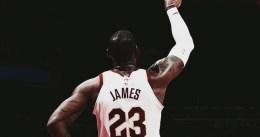 Noche histórica de LeBron James: 57 puntos y varios récords