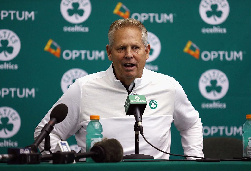 Bucks con ventaja sobre los Celtics