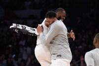 Estrellas de la NBA y la WNBA acompañarán a LeBron James en Space Jam 2