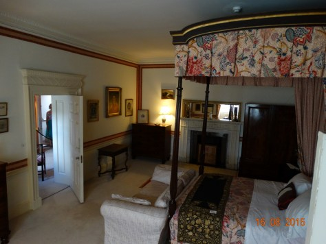 Guest bedroom, again in the private apartment. Olivia Newton-John stayed here