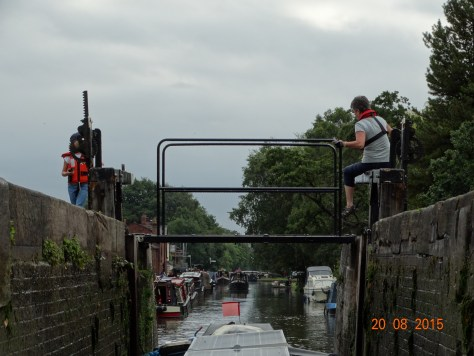 Through the lock toward the junction at Fradley. Have help this time.