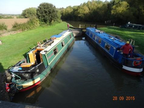 We shared Shipton Weir lock with the boat ahead