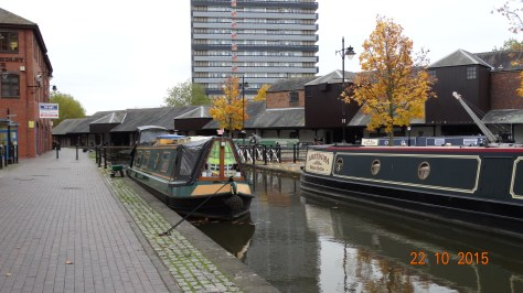 Breakaway on the left in Coventry basin