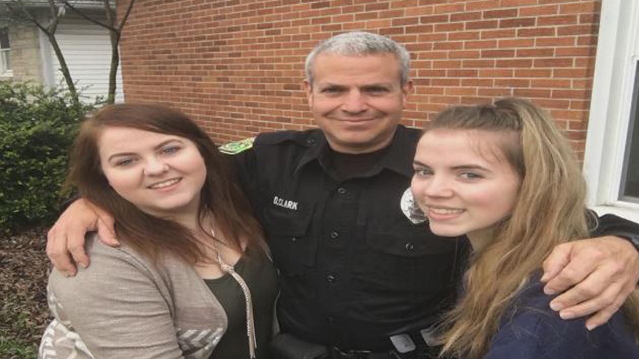 retiring-police-officer_284436