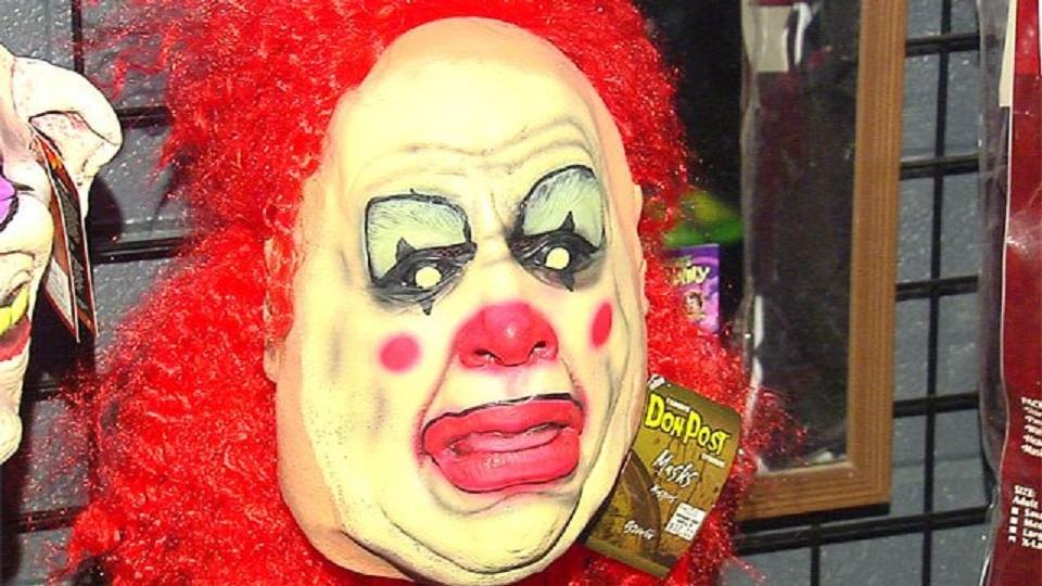 clown-mask_190443
