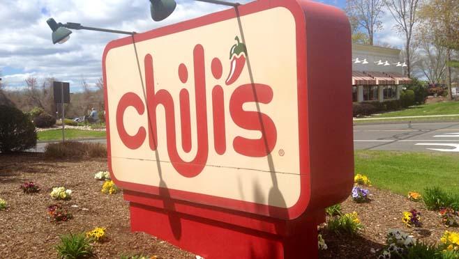 5-14 Chillis Sign WEB_1526311478825.jpg-873702559.jpg