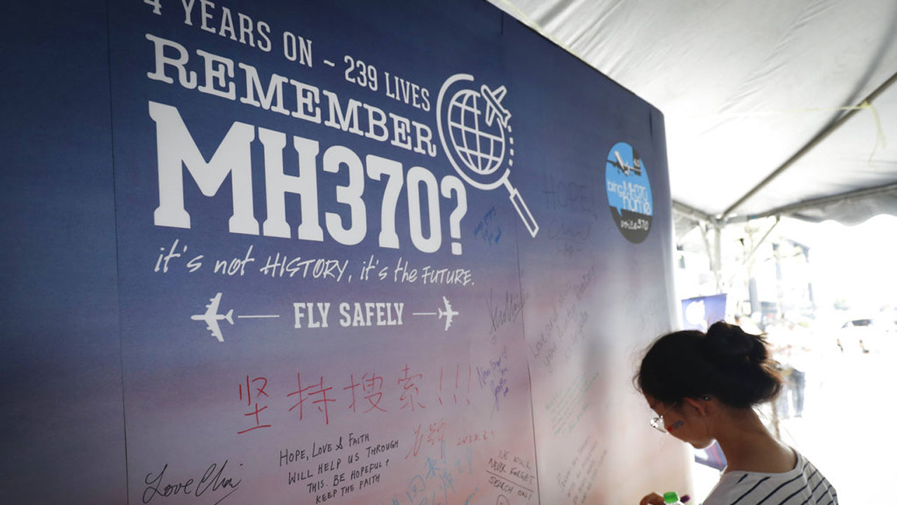 Malaysia Missing Plane_1532948276792