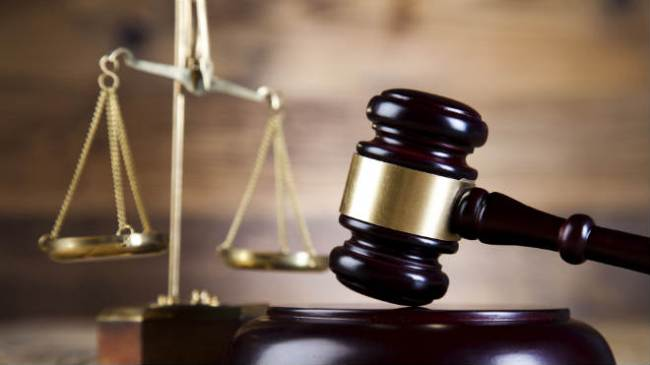 court-gavel_716177-846653543