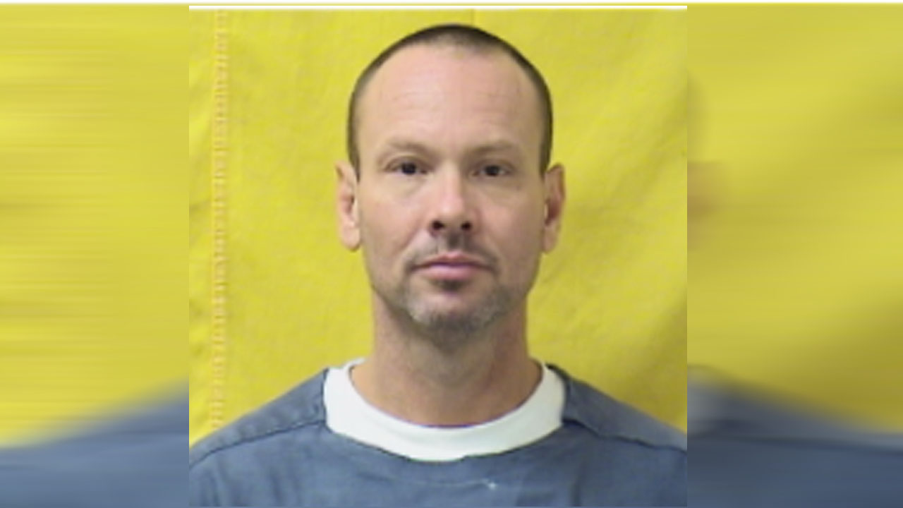 Inmate escapes from Franklin County Medical Center