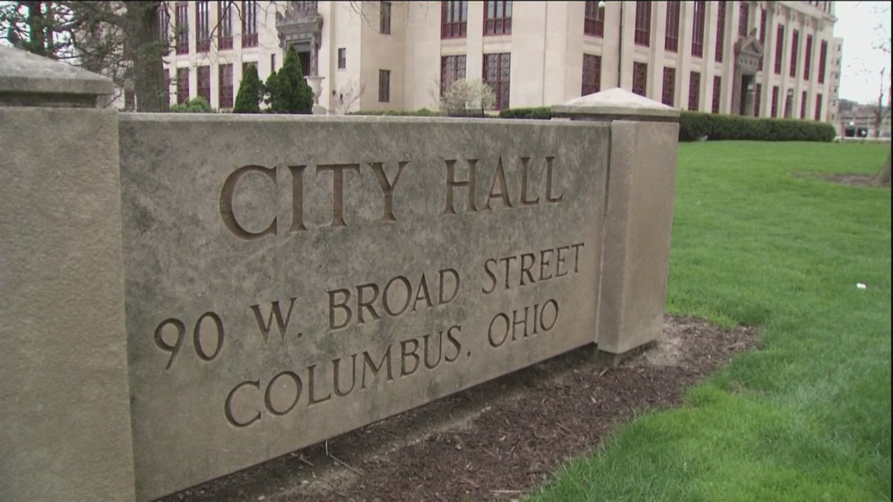 Columbus City Council members push for $15 minimum wage, but not for all employers