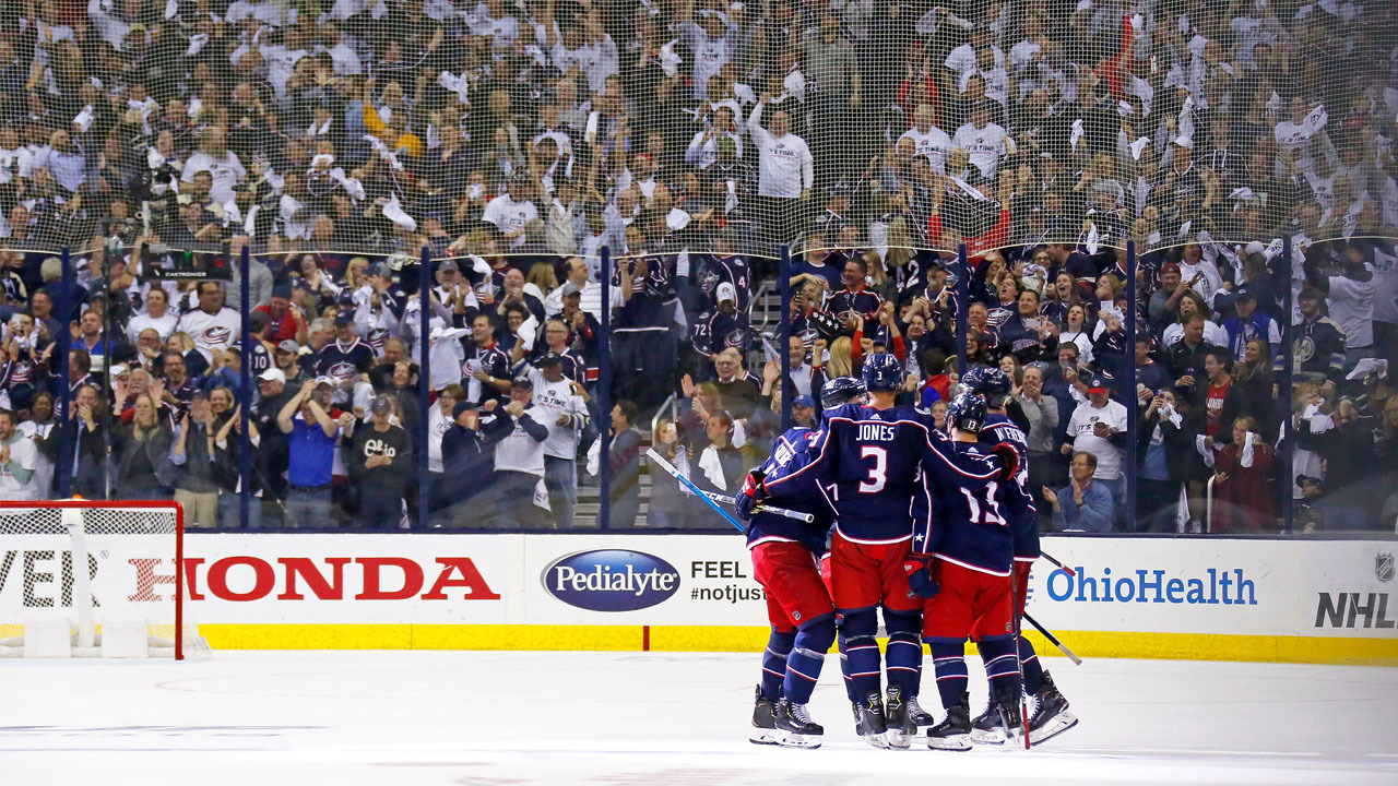 Fans celebrate Columbus Blue Jackets sweep of Tampa Bay Lightning
