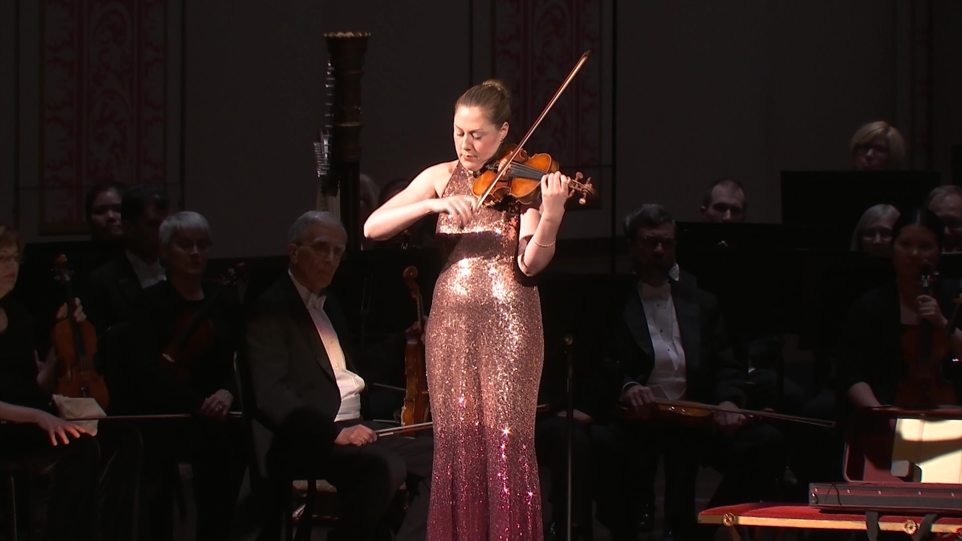 Sound of Paganini's violin fills the air in Columbus