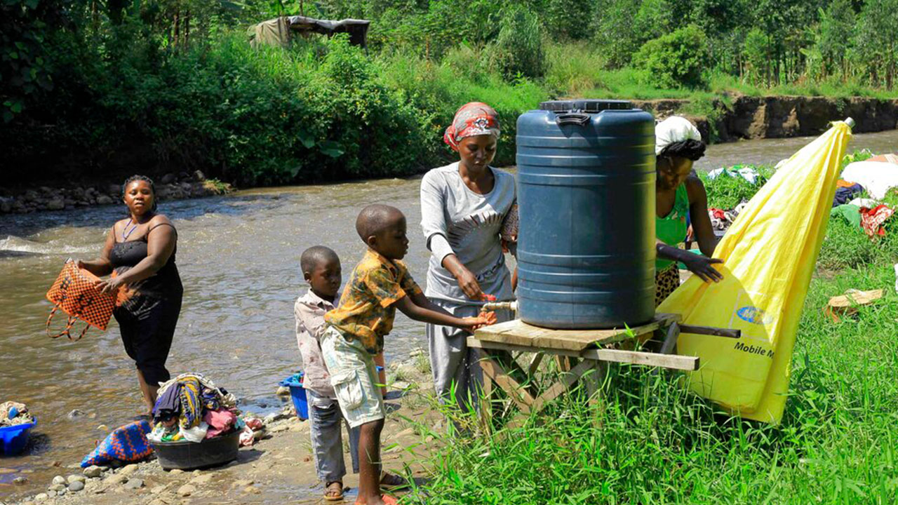 5 Year Old Dies Of Ebola As Outbreak Crosses Congo Border