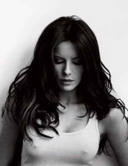 kate_beckinsale_see_nipples_through_shirt_gorgeous_sexy_hot_photo